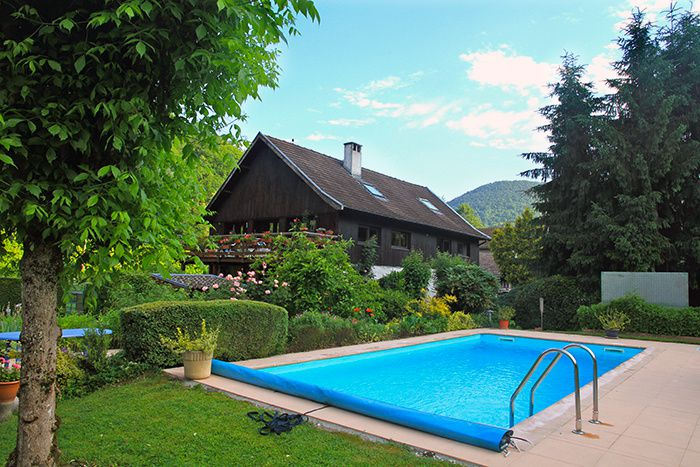 Locations vacances cures location cure vacances uriage - Piscine chauffee grenoble ...