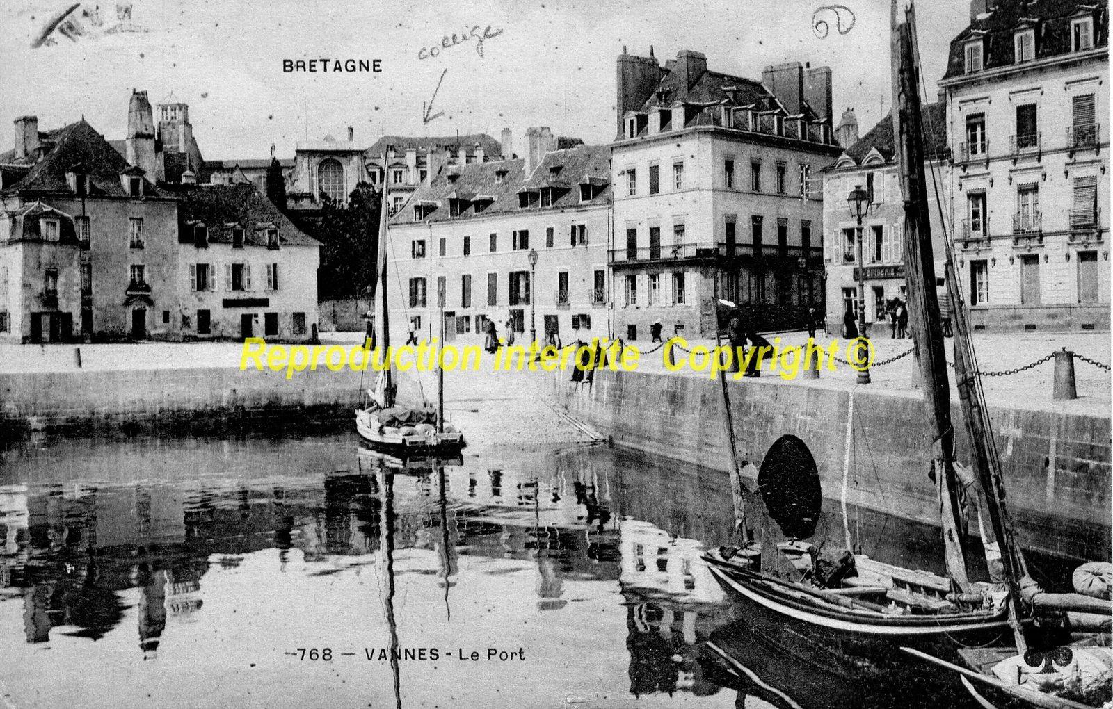 Le Port - La place Gambetta
