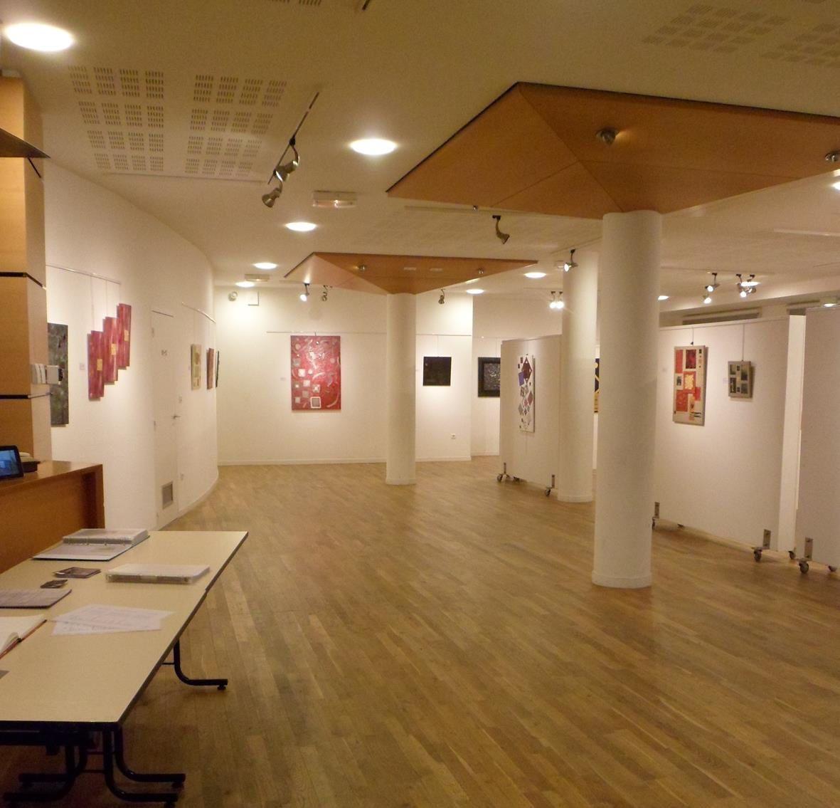 Photos de différentes expositions et marchés de noël, artisanaux et d'art