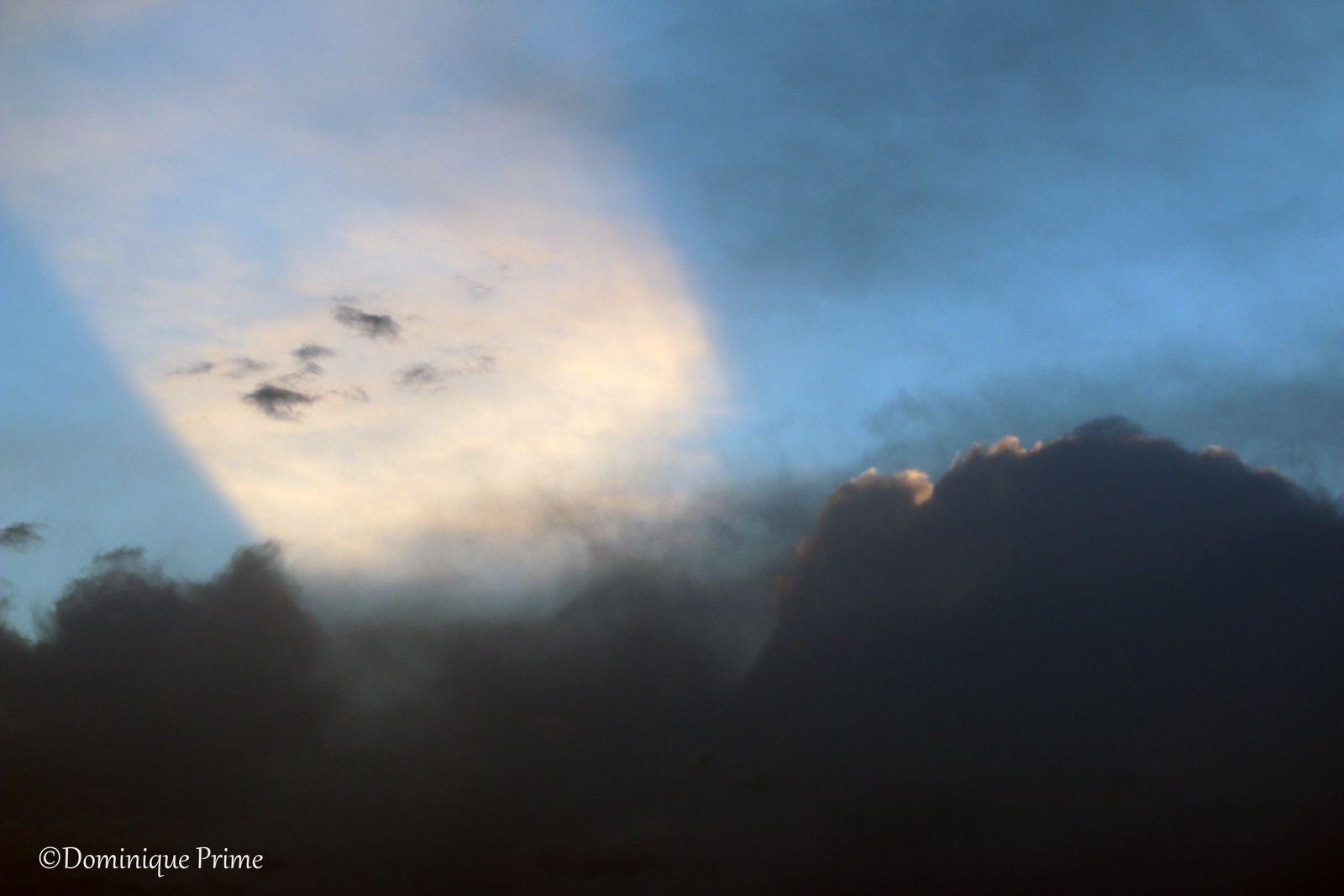 le ciel, un jour d'été...