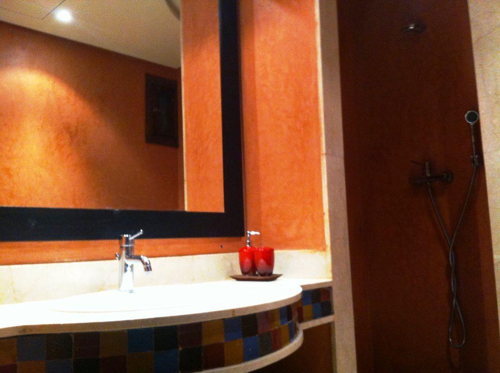 Appartement avec piscine dans r sidence de luxe for Appartement avec piscine marrakech