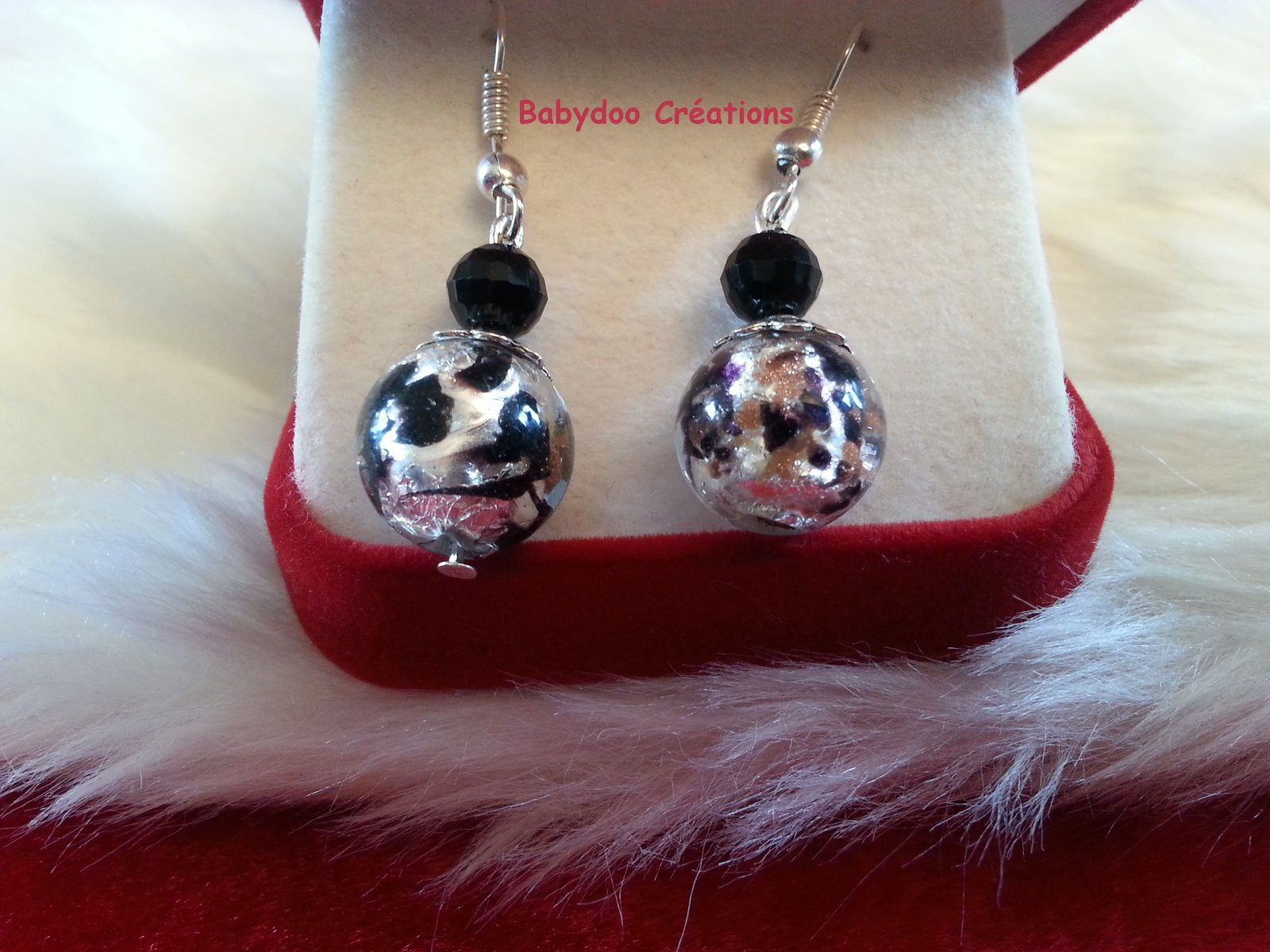 tuto boucles d 39 oreilles perles babydoo. Black Bedroom Furniture Sets. Home Design Ideas
