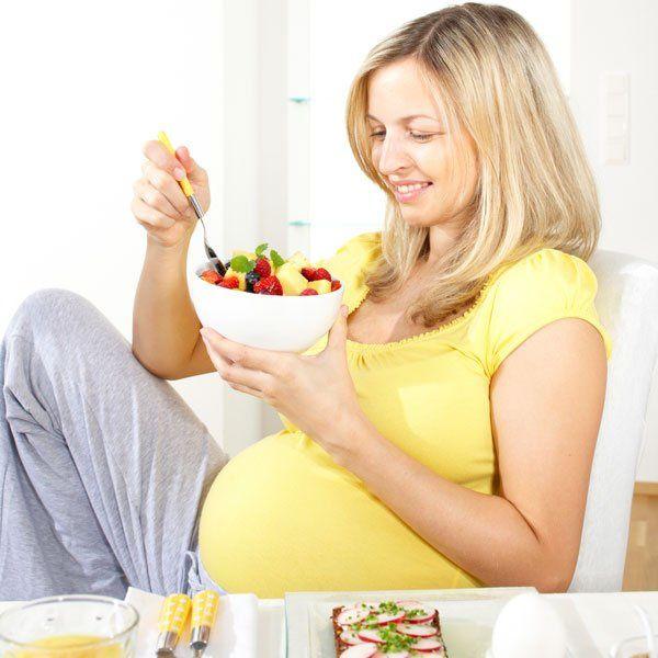 لماذا تشتهي المرأة الحامل بعض الأطعمة ؟