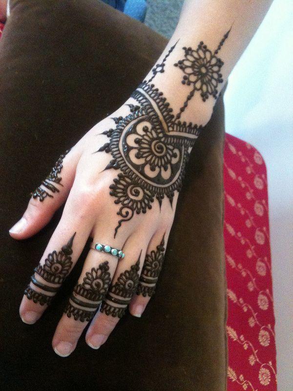 صور نقش الحناء / Tatouage au henné 2