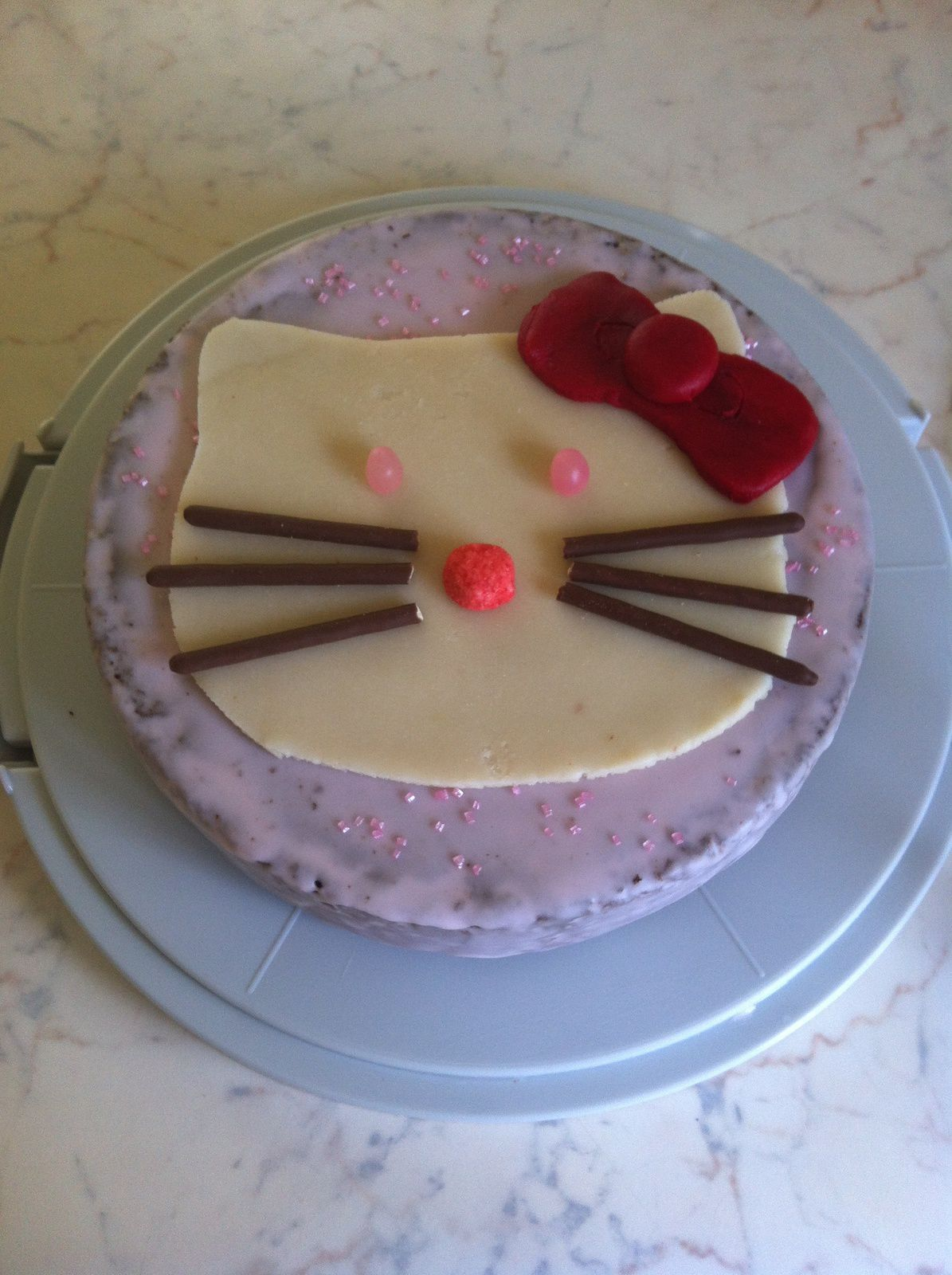 gateau au chocolat hello kitty