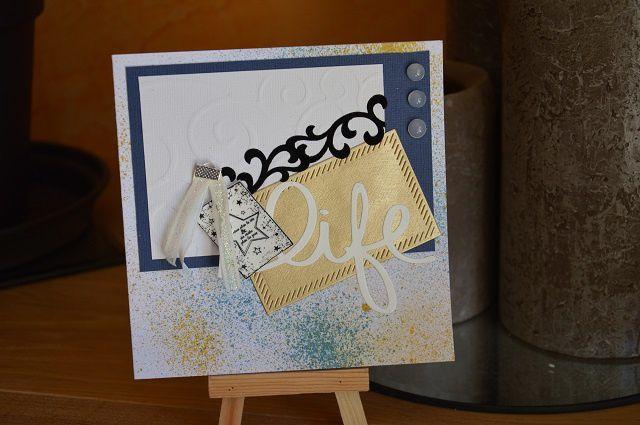 Carte anniversaire bleue, or et blanc