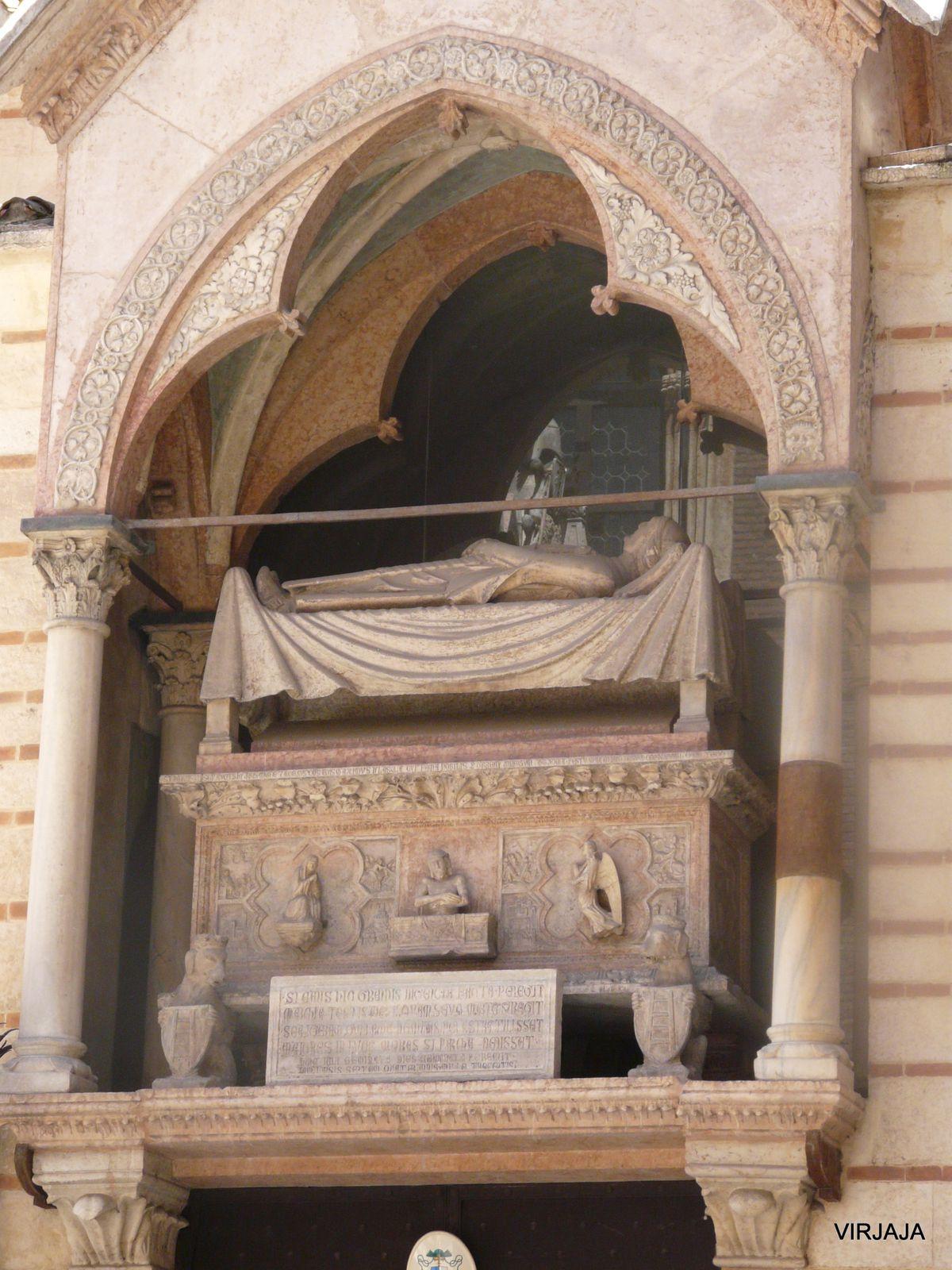 tombeau de Cangrande Ier Della Scala, mort en 1329