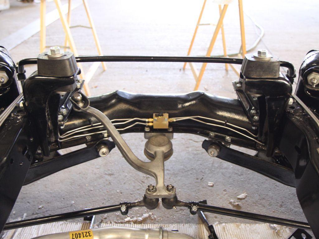 double circuit de freinage restauration d 39 une corvette c1 de 1958. Black Bedroom Furniture Sets. Home Design Ideas