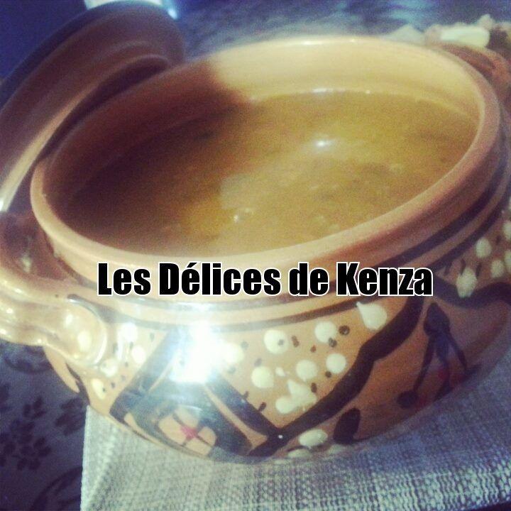 http://www.lesdelicesdekenza.com/2014/06/chorba-frik-soupe-algerienne.html