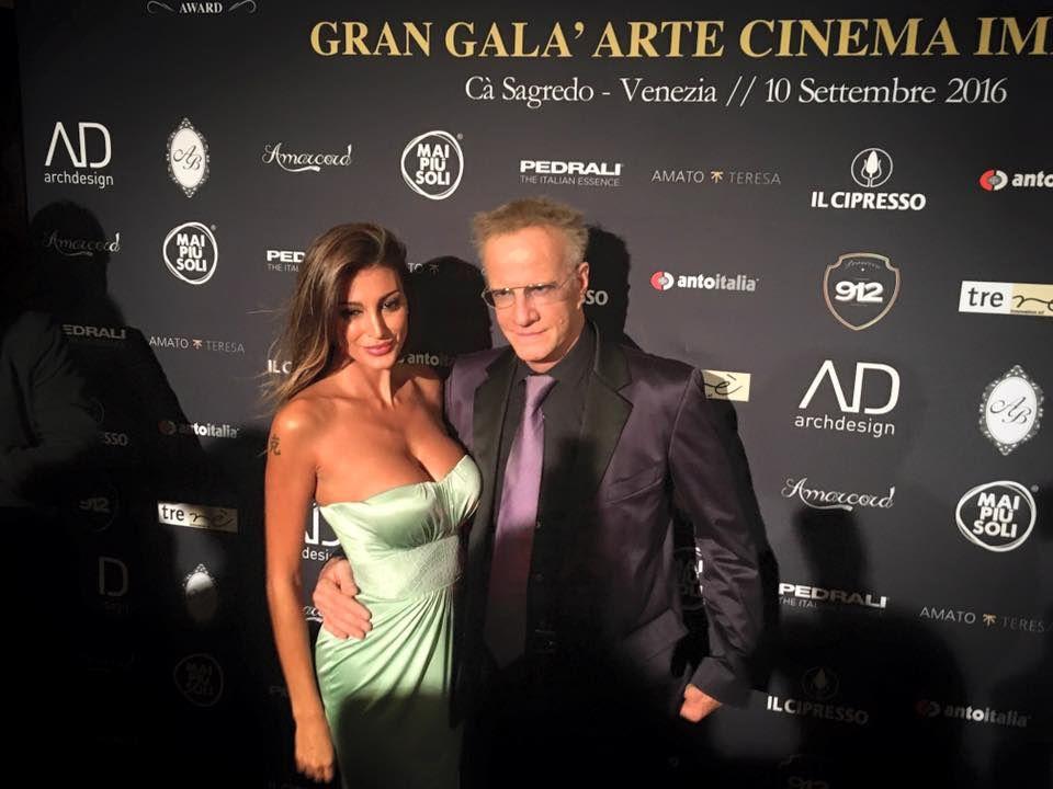 Cristoper Lambert e Cristina Buccino