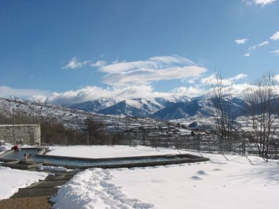 http://www.traineau-a-chiens.com/pyrenees.htm