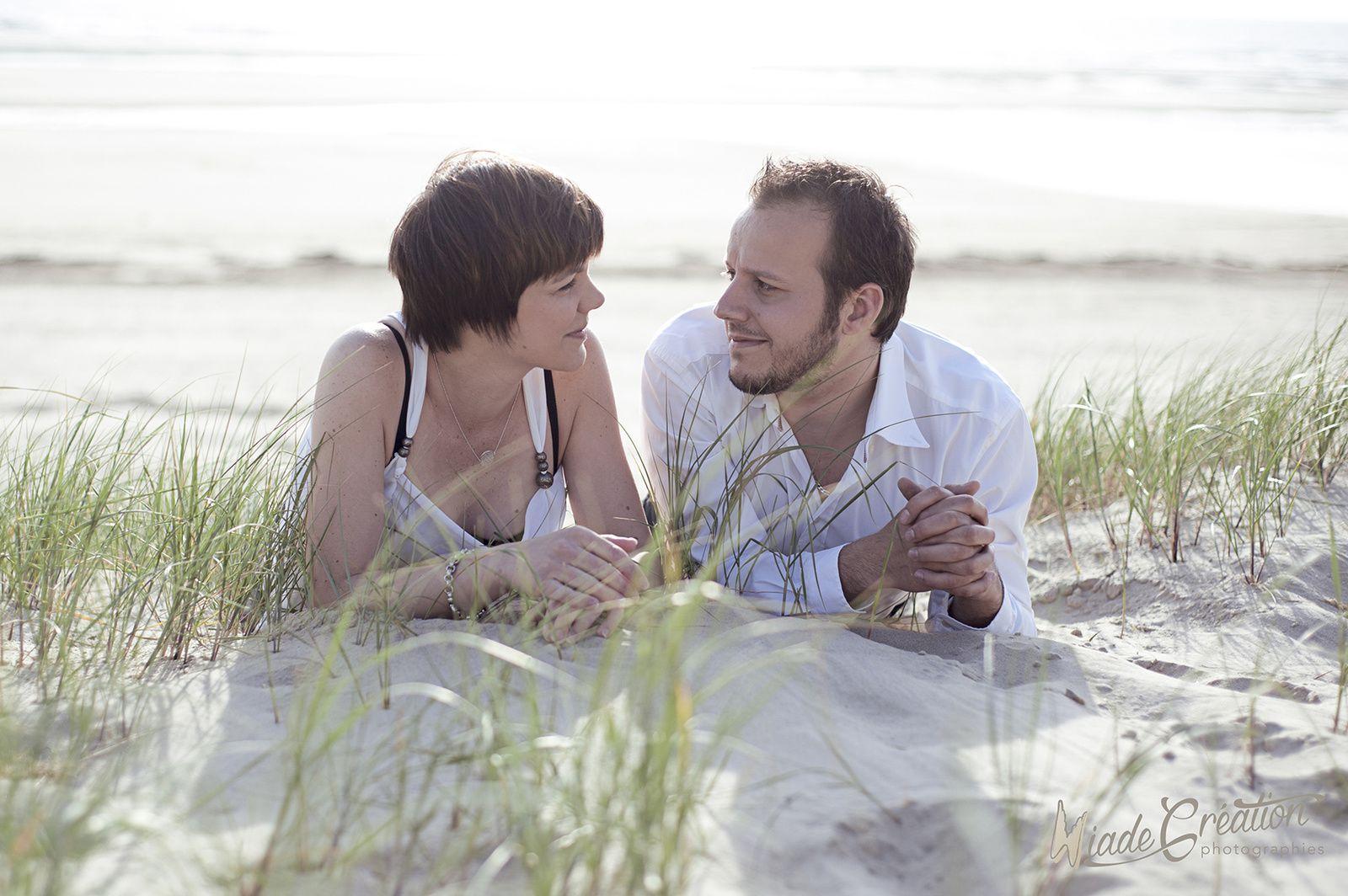 Séance couple à la plage