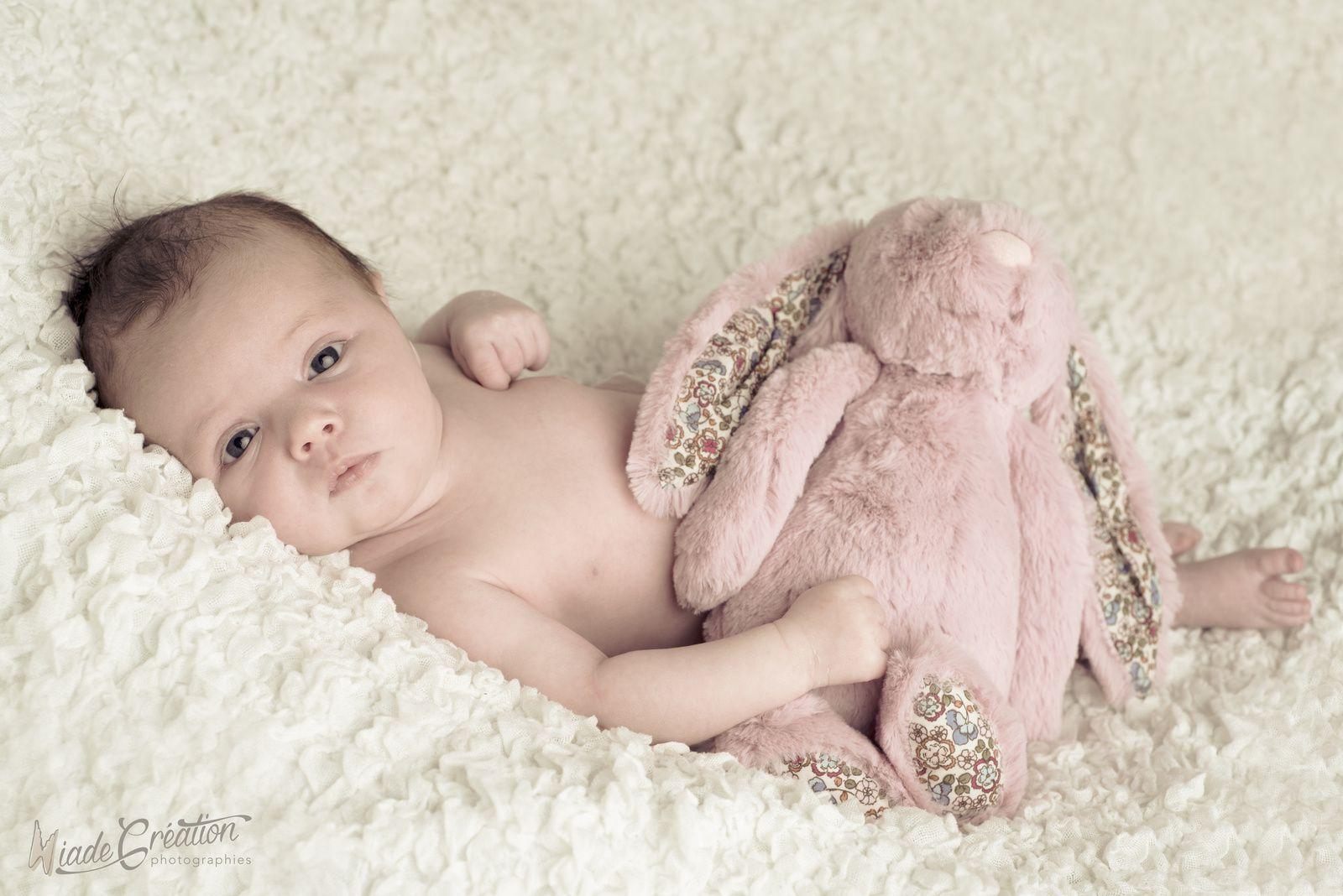 Calysta 3 semaines séance nouveau né
