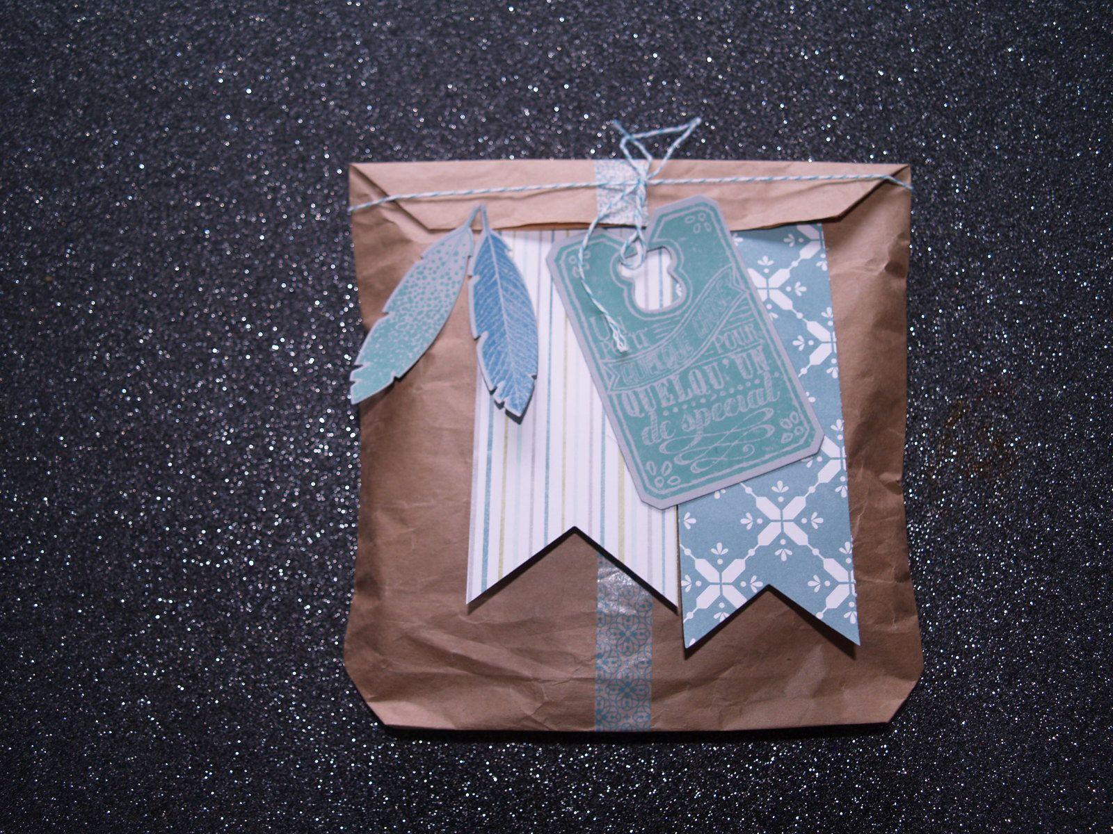 framelits plume et ses tampons assortis&#x3B; framelits tableau noir et ses tampons&#x3B; framelits bannière.