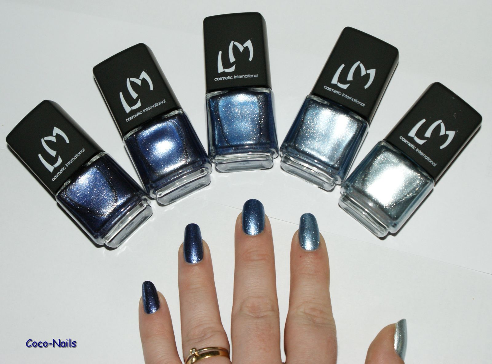 LM Cosmetic: Blue jeans
