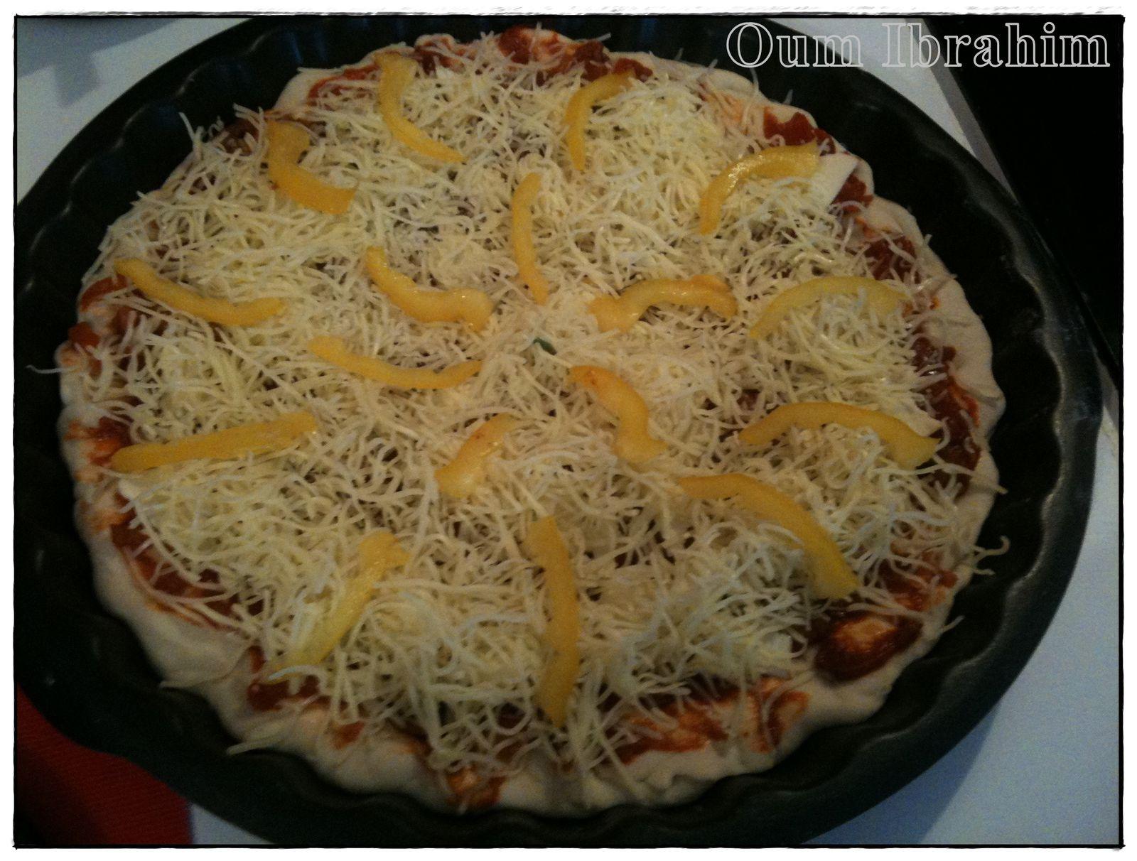 Pizza aux couleurs estivales