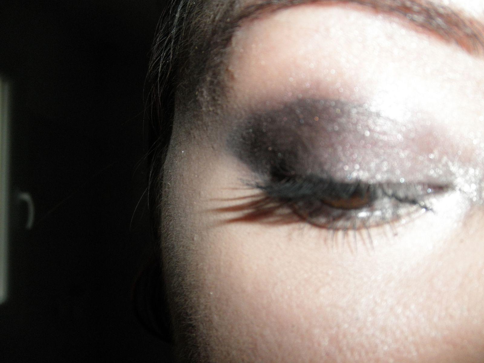 Maquillage pour une soirée d'automne