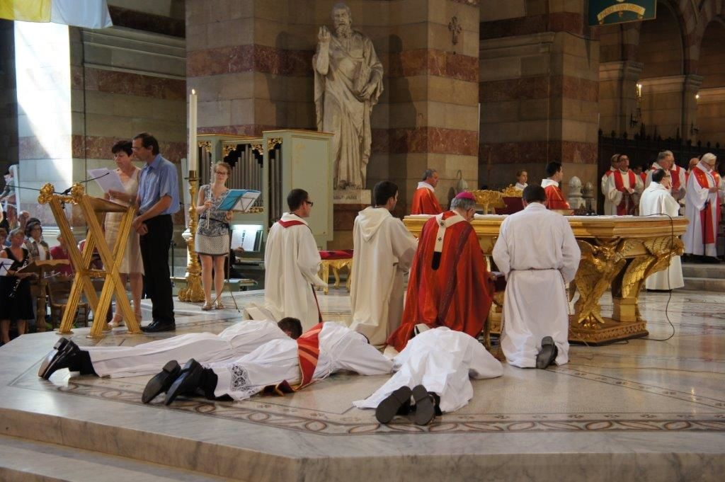 ORDINATIONS 2015
