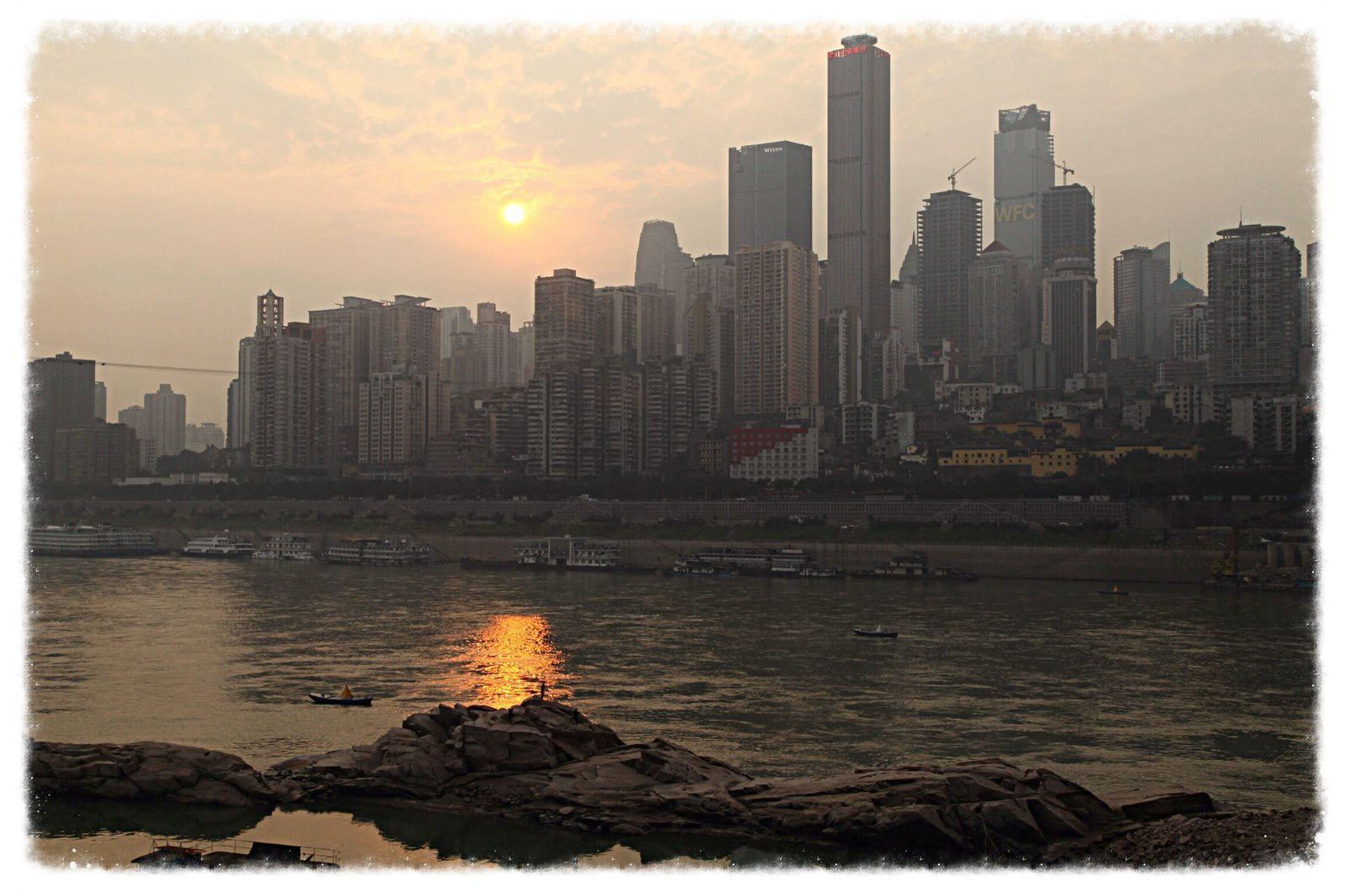 Fleuve jaune, Yangtze et présence française.