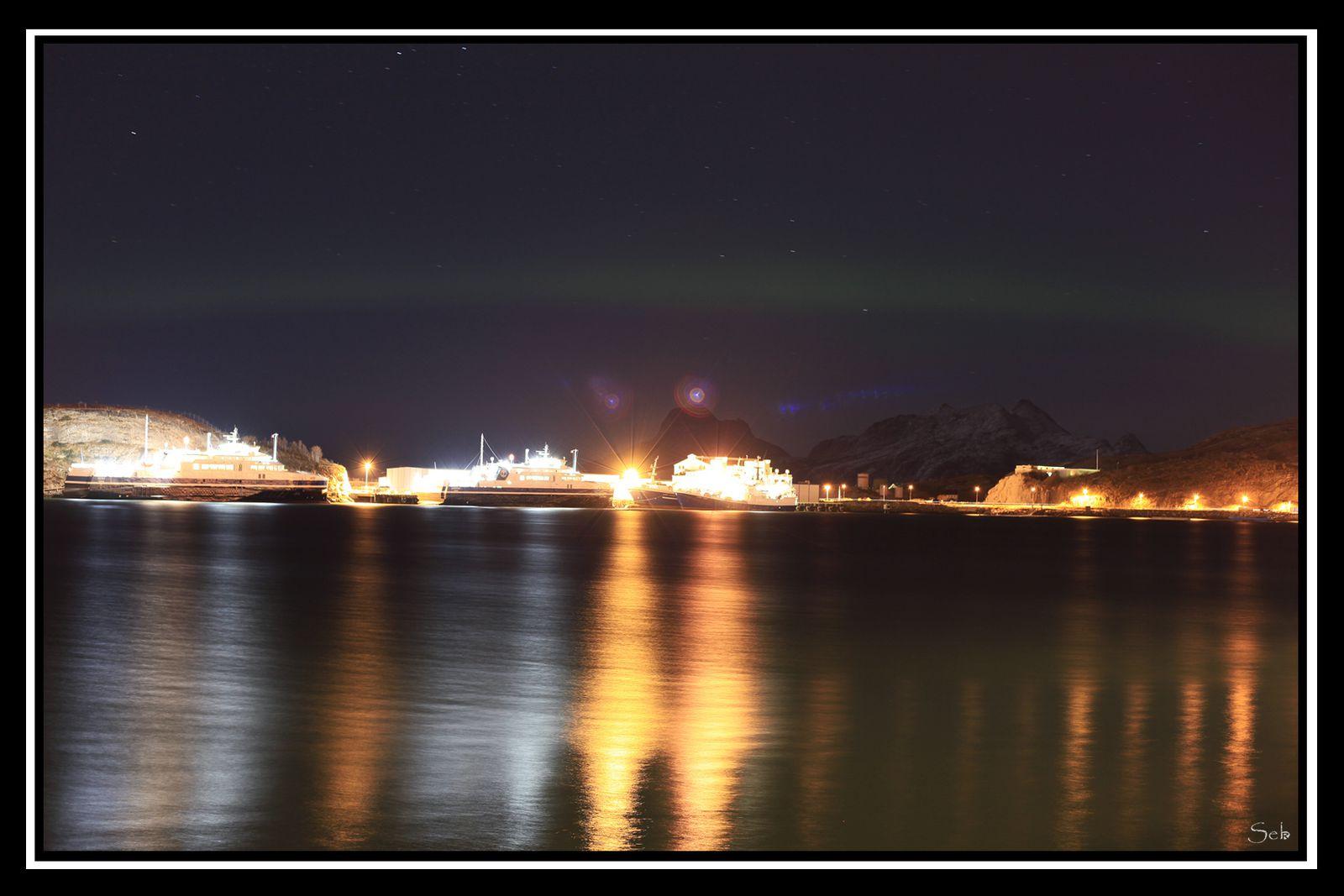 Petit arc de cercle auroral à Bodø.