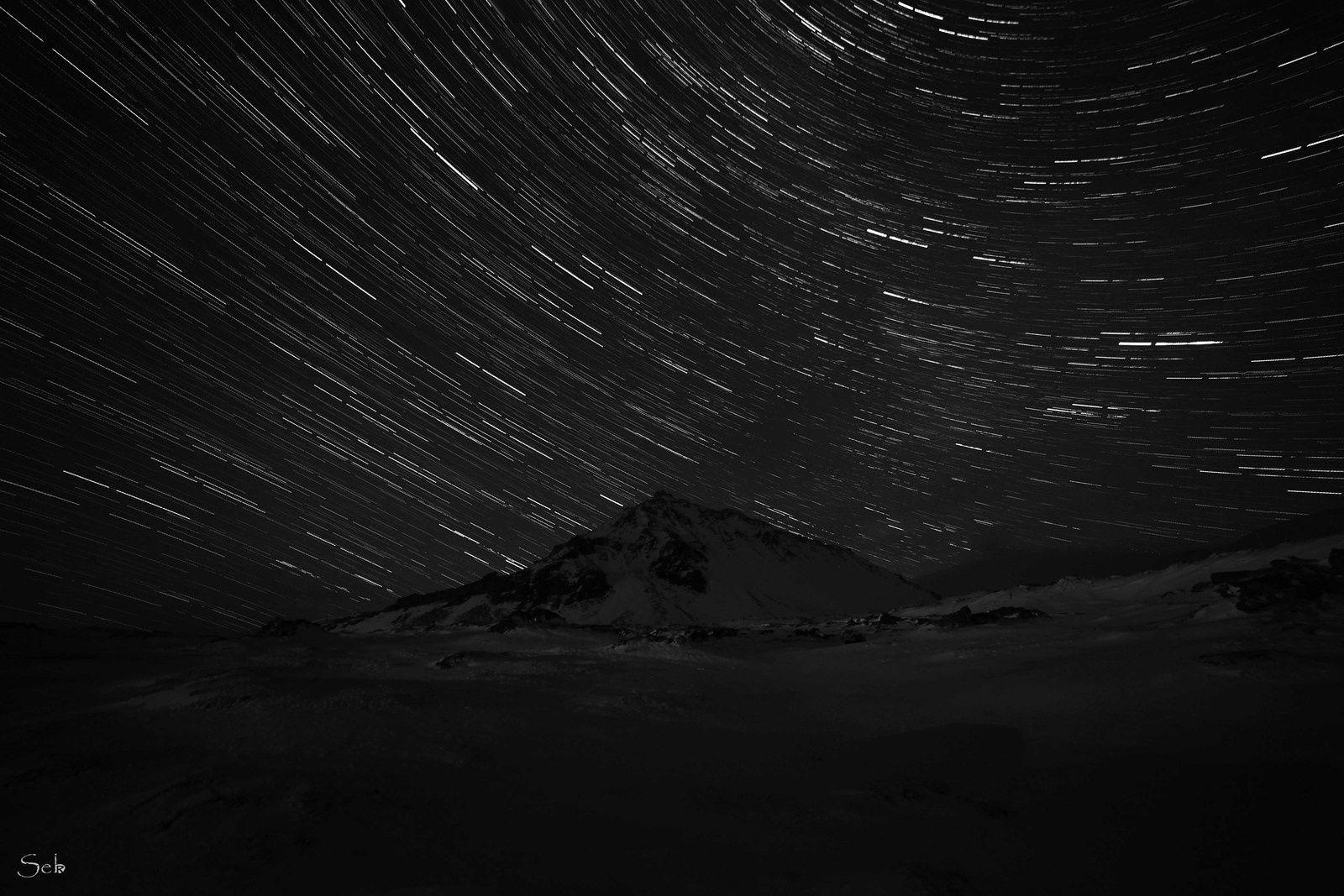 Filet d'étoiles au-dessus de Stapafell.