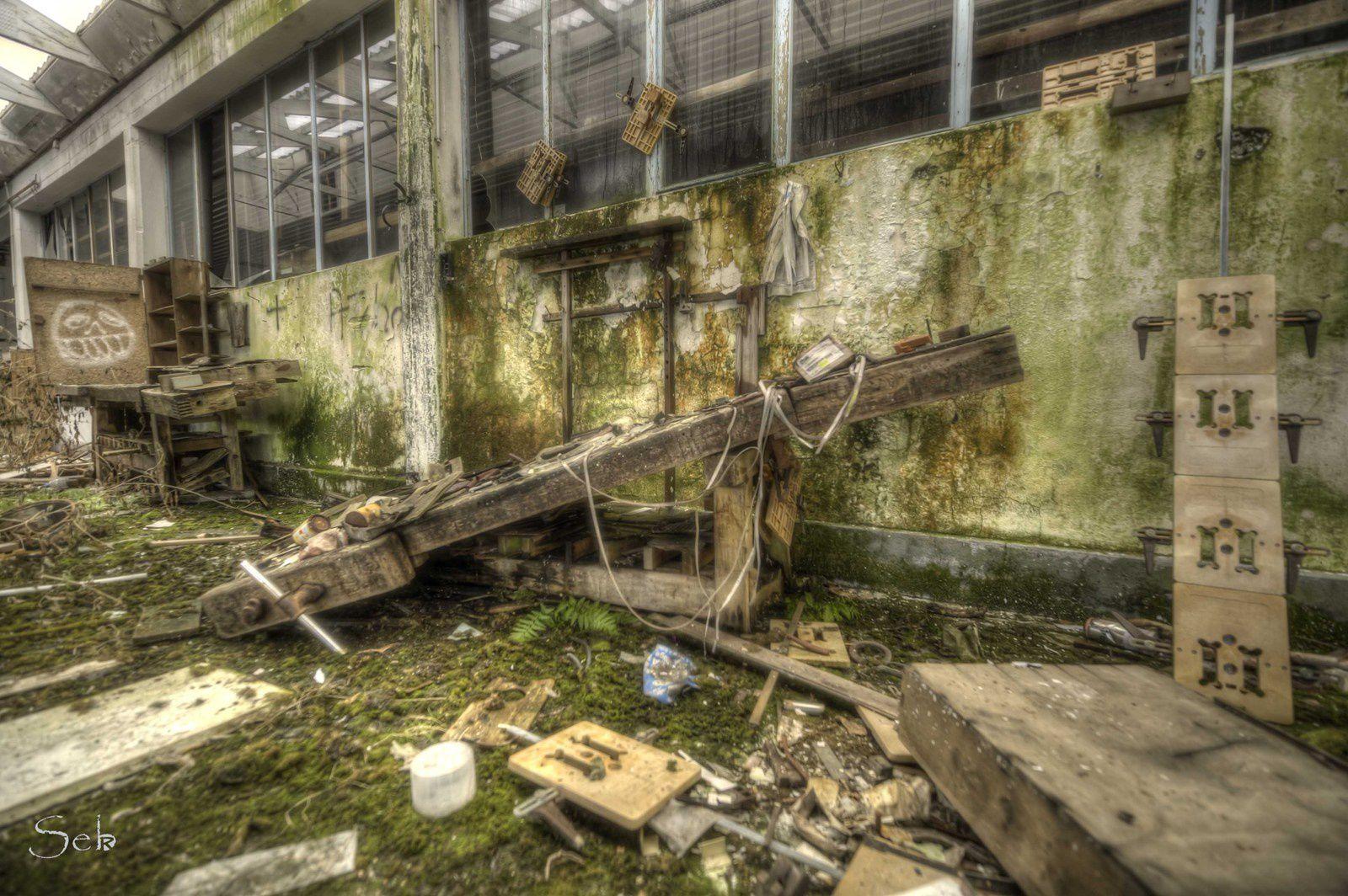 Urbex Alsace, ancienne usine de fenêtre.