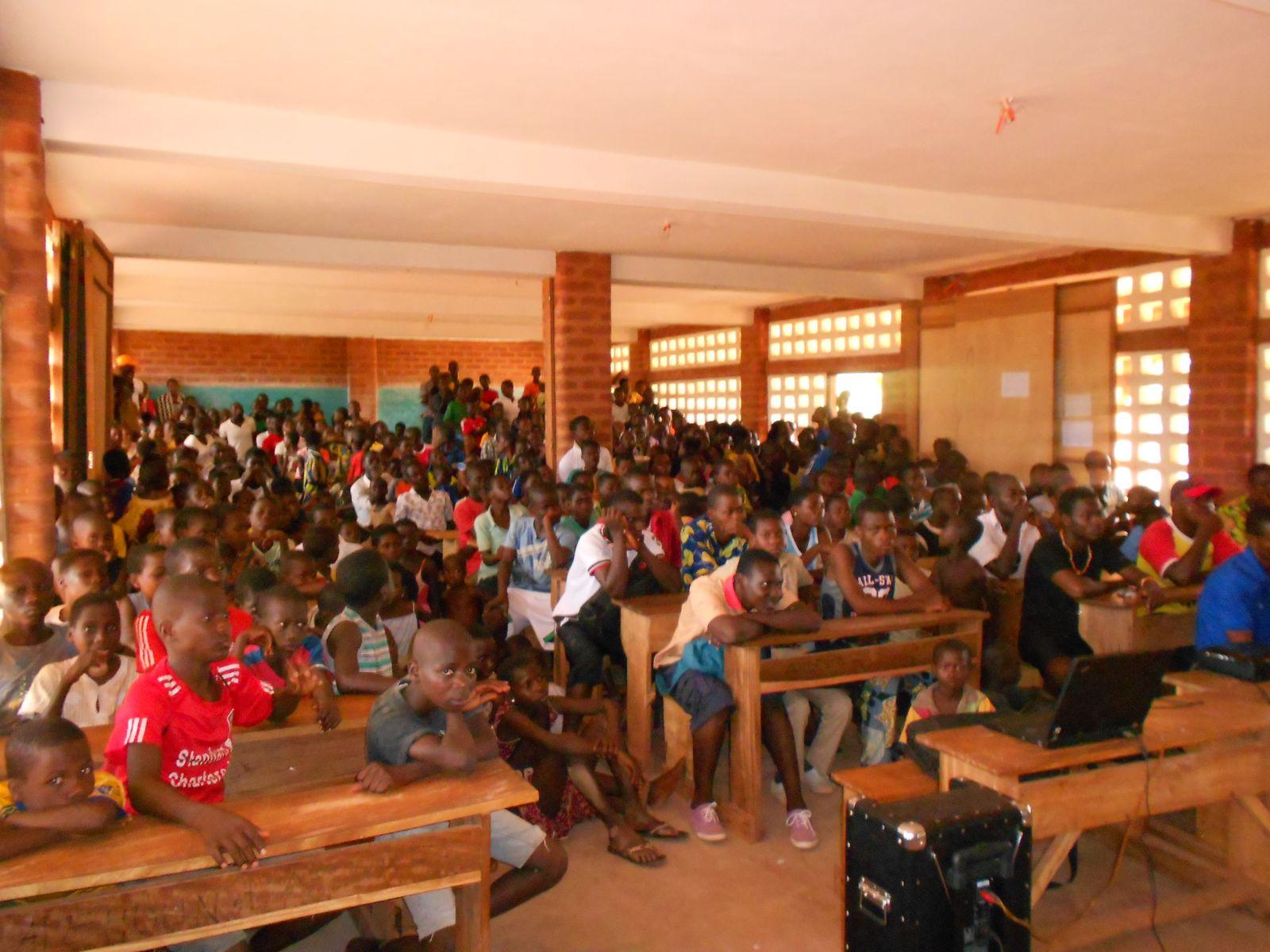 Projection de film au Lycée de Djagblé (Freedom Writers Diary).