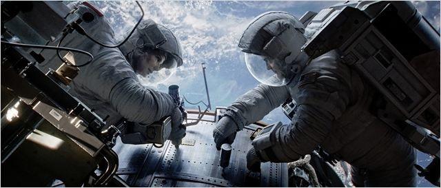 GRAVITY ****  l'expérience de l'immersion spatiale