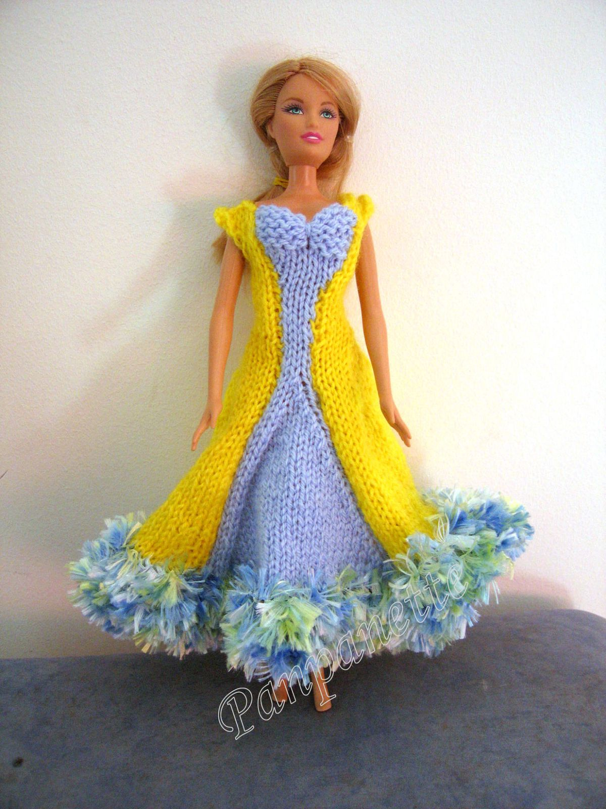 Robe de princesse pour barbie panpanette - Desanime de barbie princesse ...