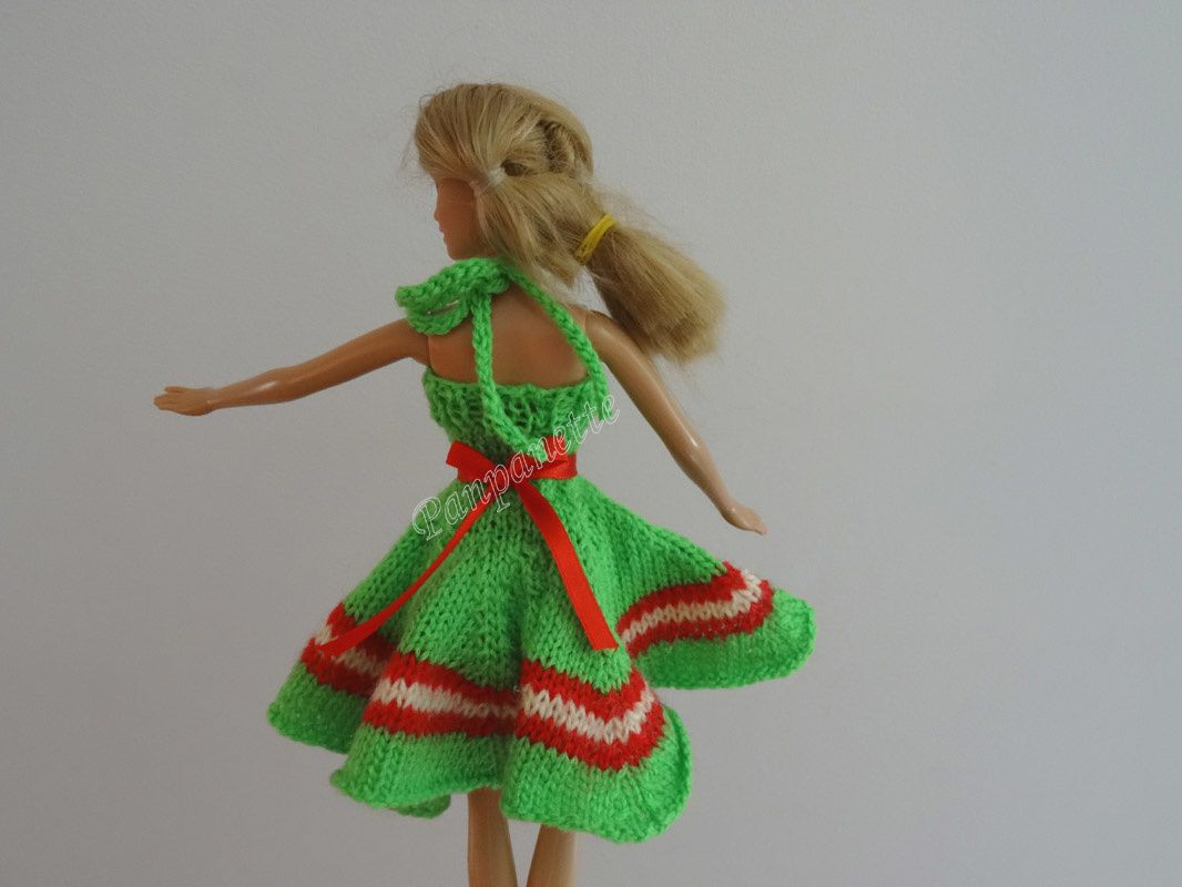 Robe de Barbie en tricot