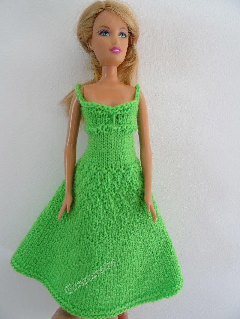 e64742bd90eb Robe de Barbie au tricot en laine fine - Panpanette