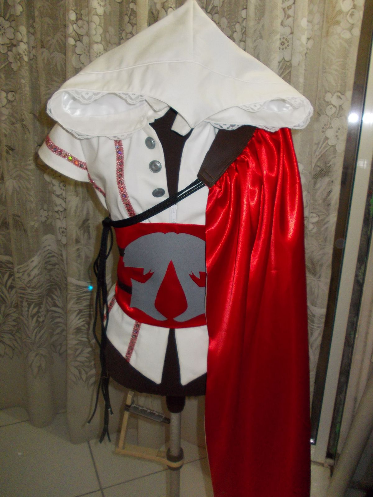 COSPLAY ASSASSIN'S CREED GIRL