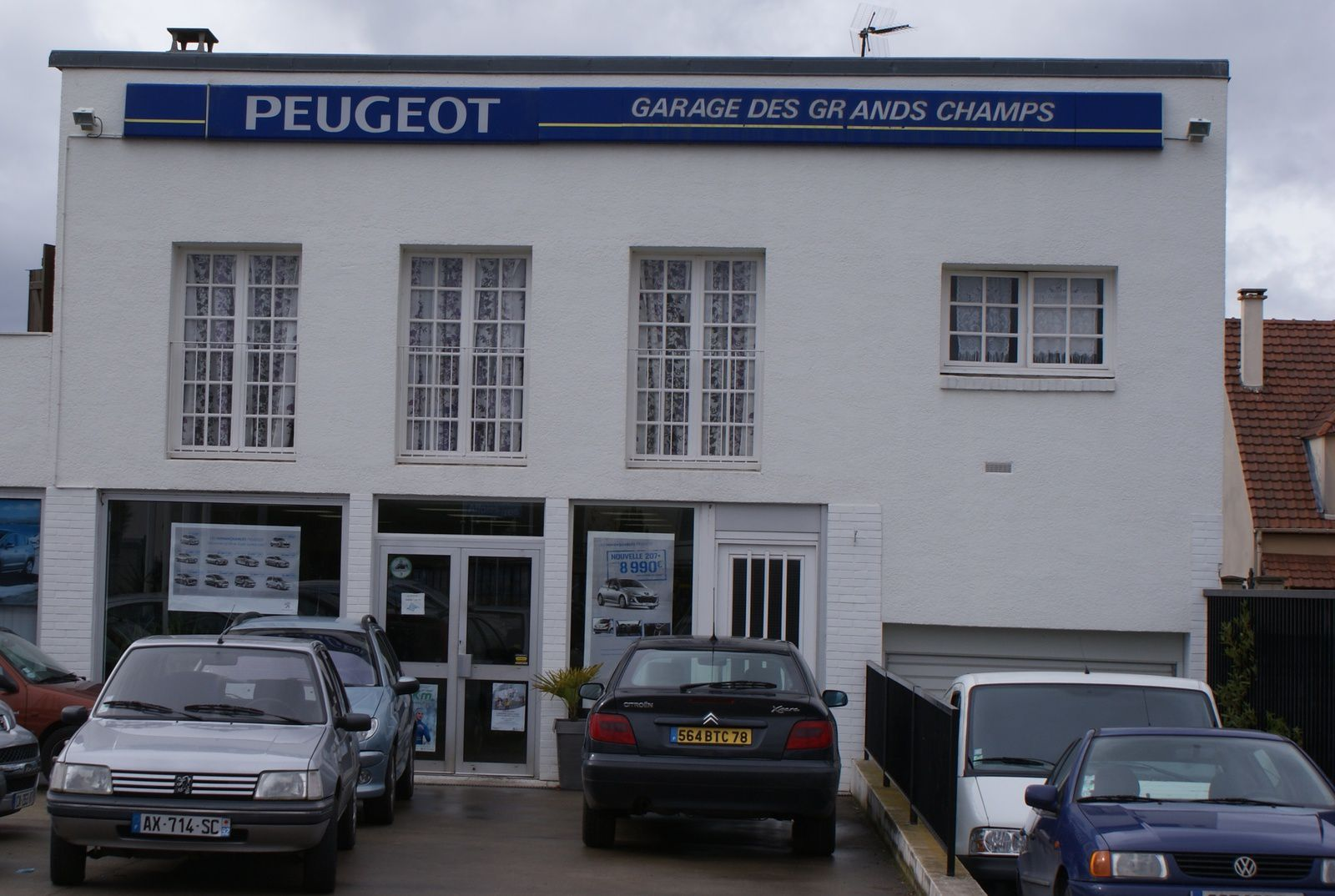 garage des grands champs peugeot carri res sous poissy. Black Bedroom Furniture Sets. Home Design Ideas