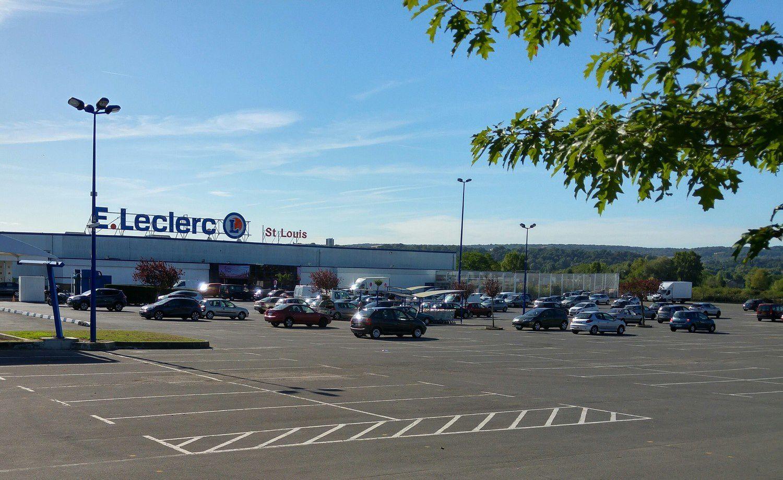 Centre Leclerc Saint Louis - ouvert tout l'été du Lundi au Dimanche !