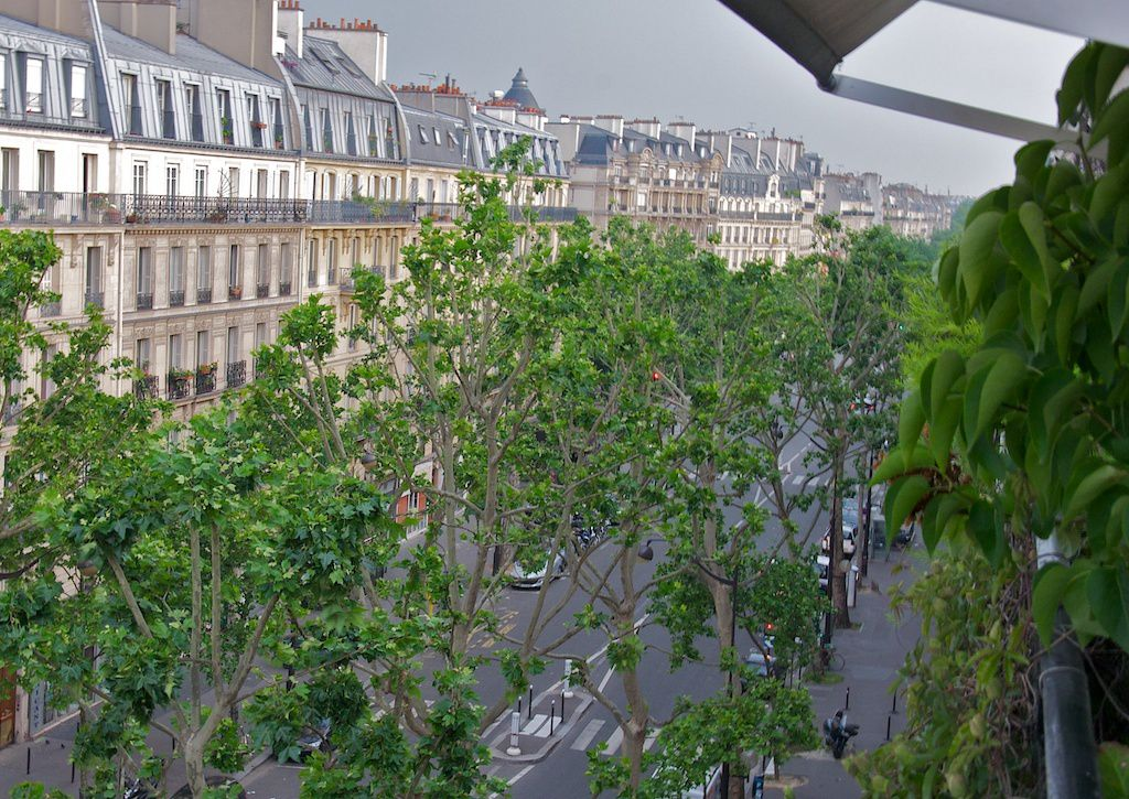 Paris. 6h du matin.