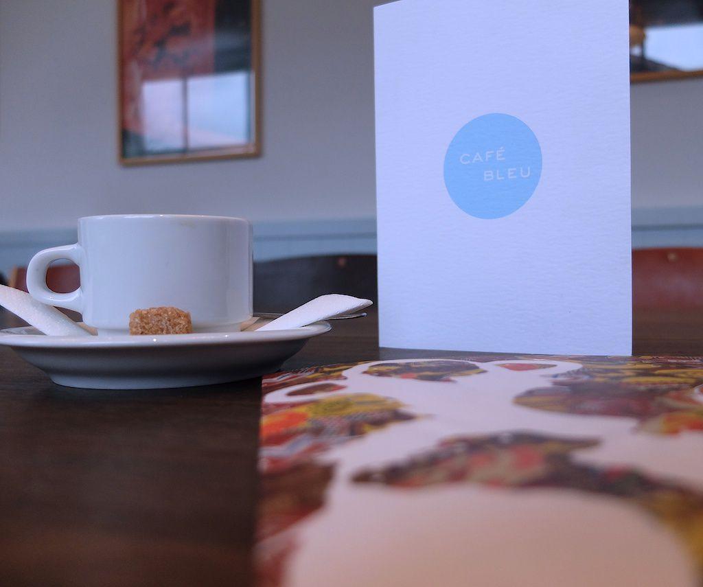 galerie Thaddeus ropac- le café bleu.