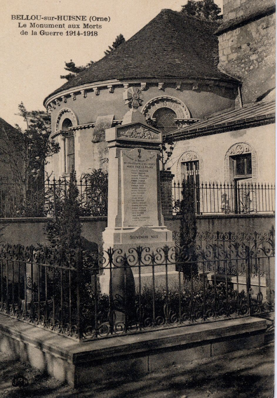 Monument aux morts Bellou-sur-Huisne, cartes postales collection J. Lecomte