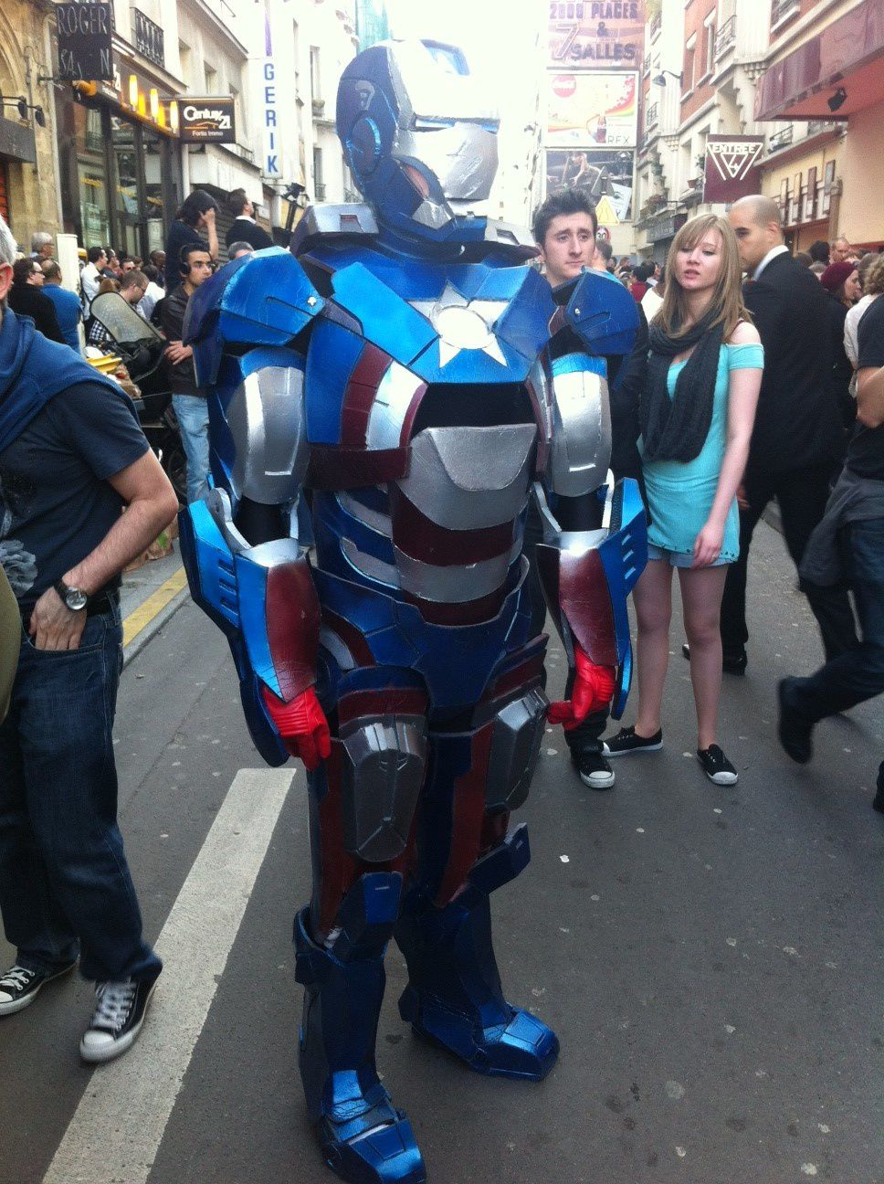 Han Jones (www.facebook.com/LeagueOfReplica) - Cosplay Iron Patriot