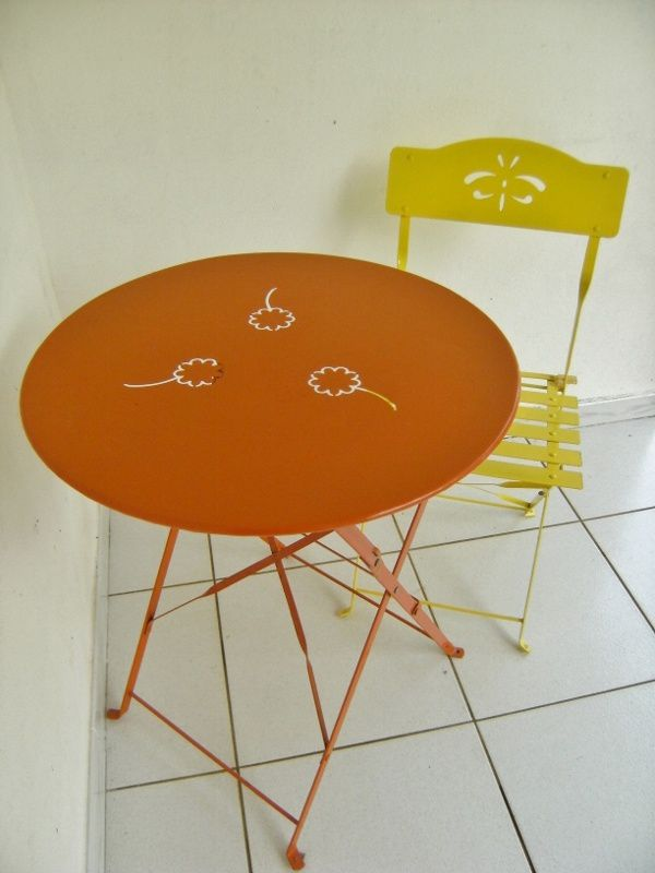 Lot Table Et Chaise Type Bistrot