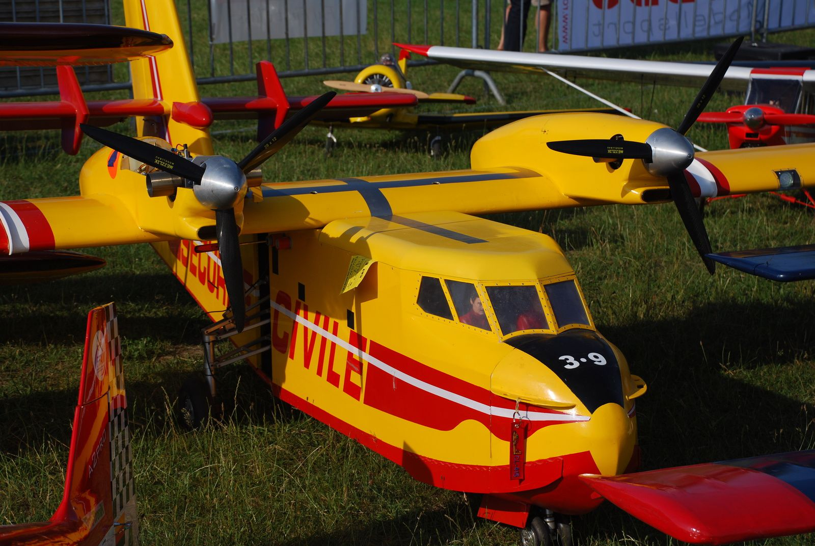 meeting creully 2015: crash du canadair Philippe Peultier