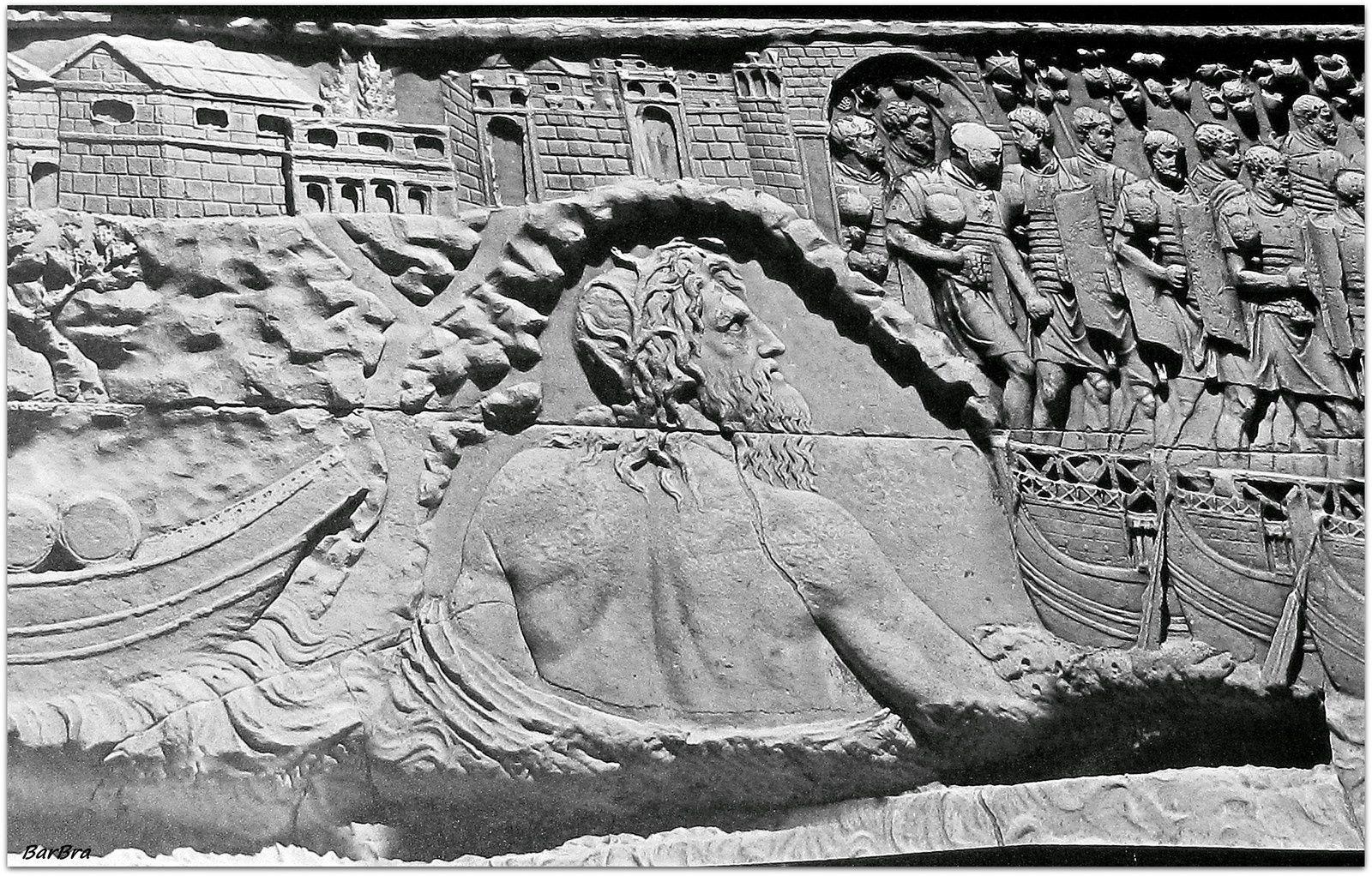 La personificazione del Danubio osserva l'esercito romano che sfila sui ponti di barche