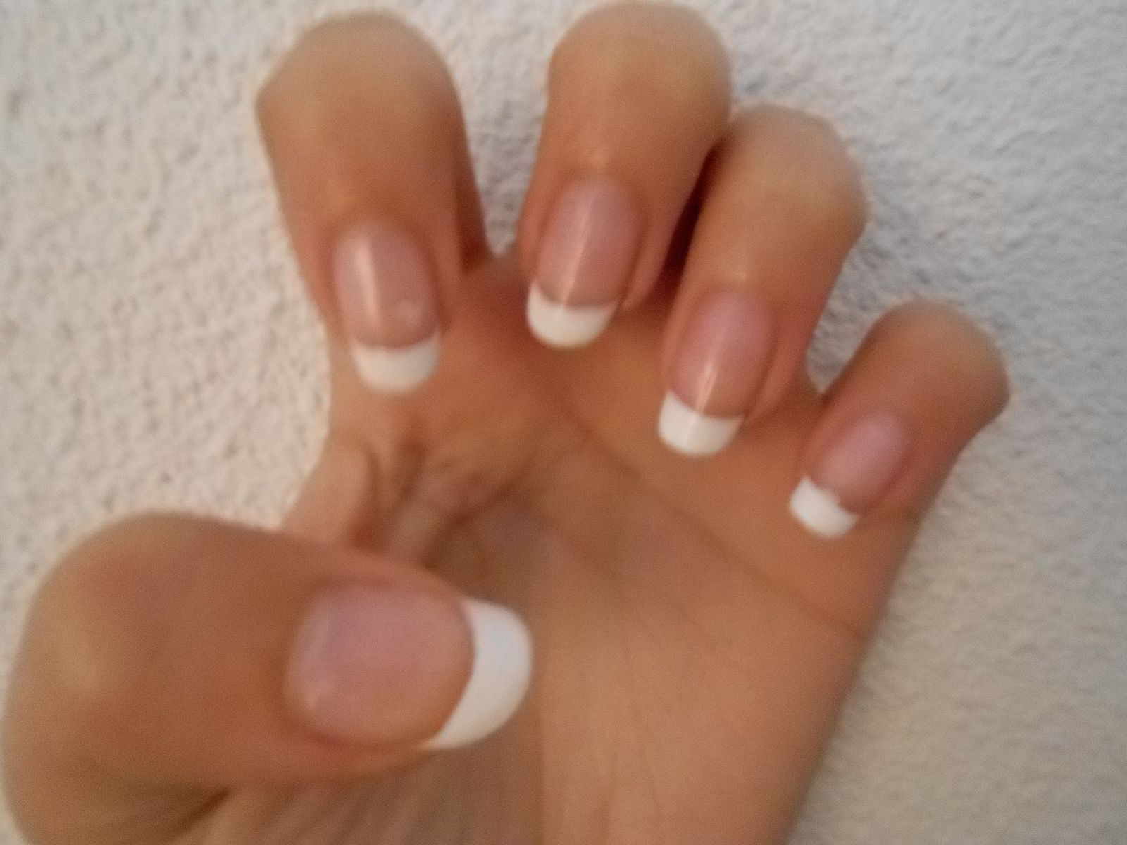 Ma premi re french manicure les ongles de misss 39 for Comimage manucure d ongle
