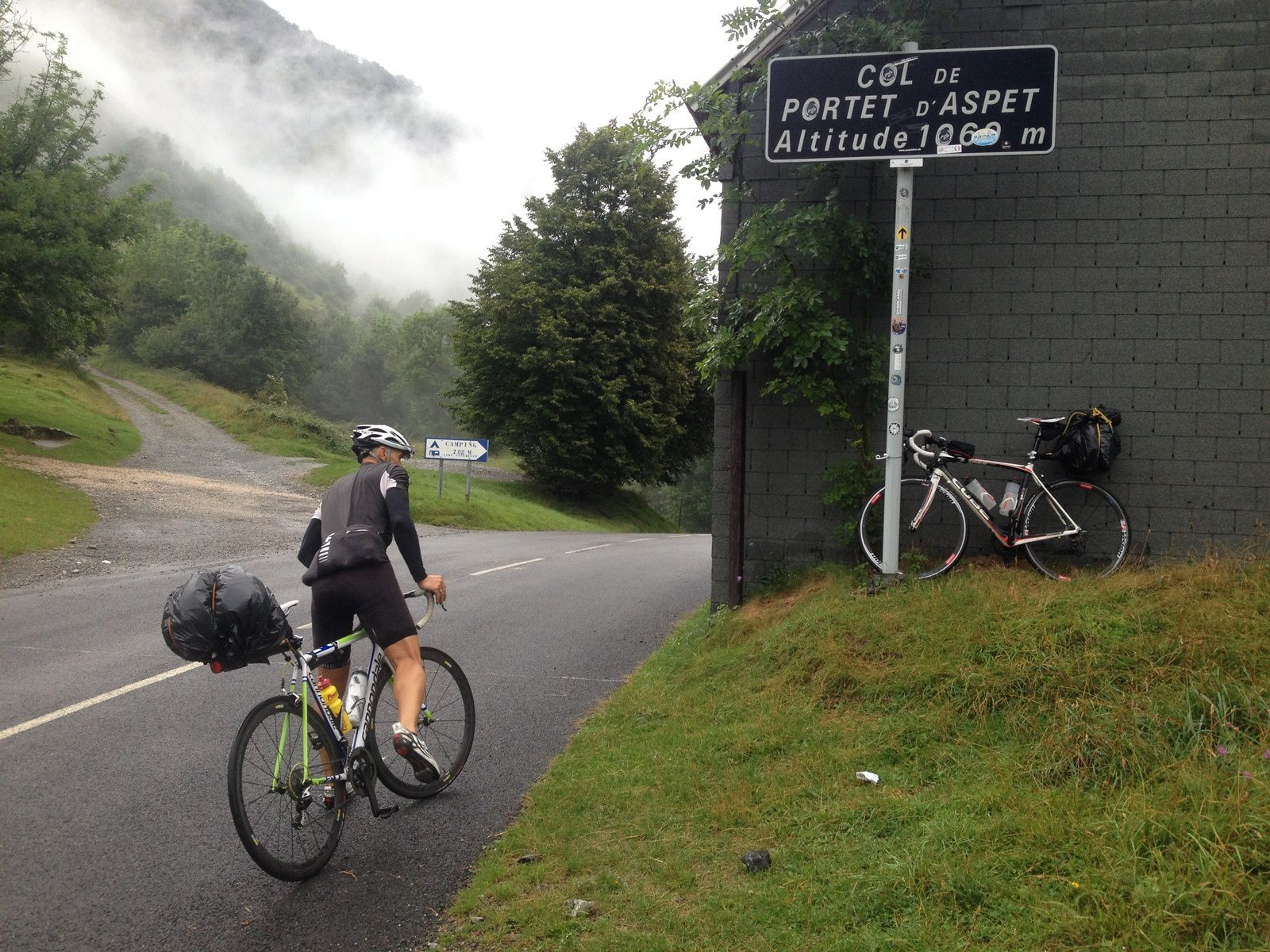 Crossing Pyreneu