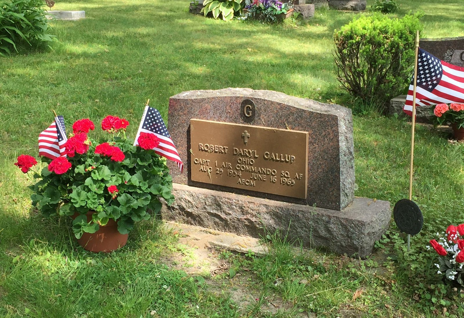 Capt. Gallup's grave in Oak Grove Cemetery, Morenci, Lenawee County, Michigan, USA. Photo by S Szepanski