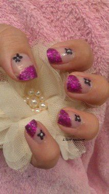 nail art pailleté