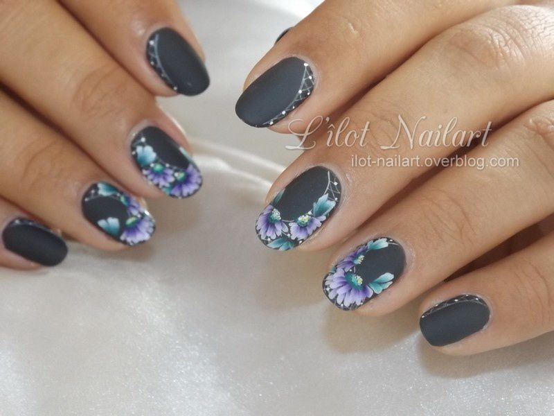 Nail art Marguerite en one stroke