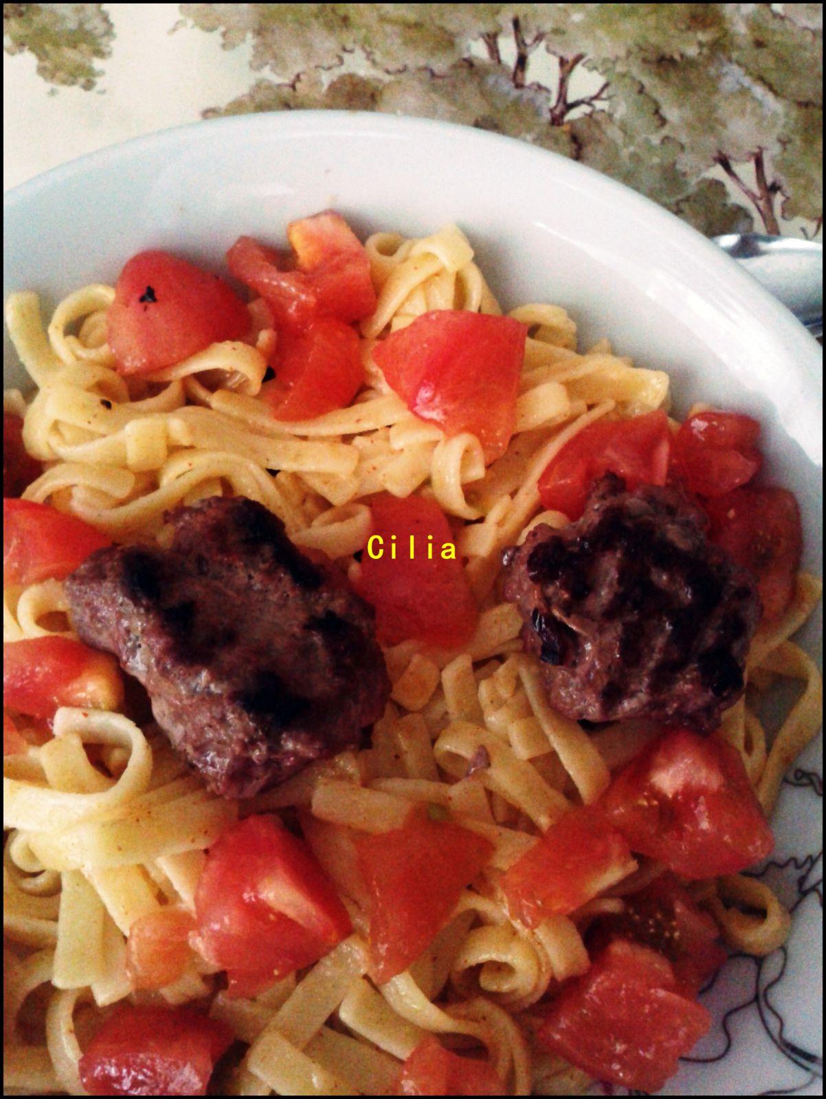 Nouilles aux tomates