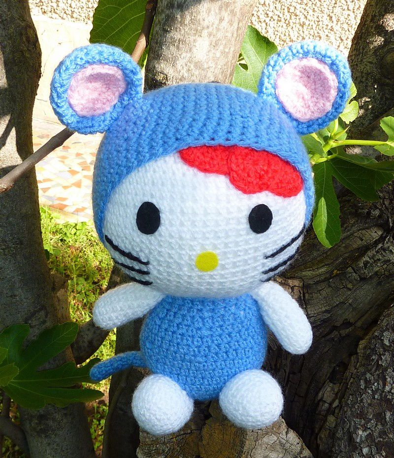 Hello kitty rat poupees doudous a adopter - Maison de poupee hello kitty ...