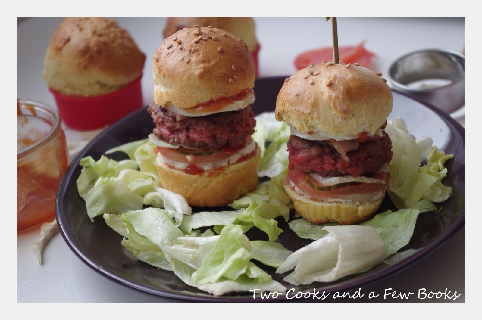 Mini-Burgers au Boeuf, Poitrine Fumé et Chèvre
