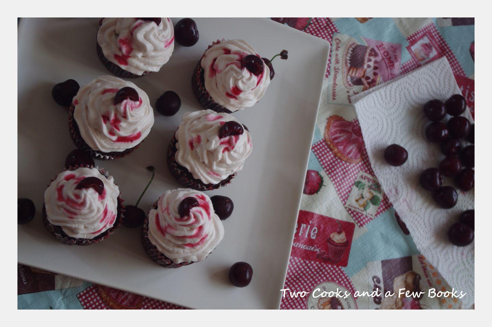 Cupcakes chocolat-cerises noires